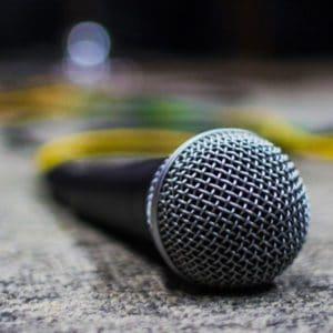 dynamic microphone definition