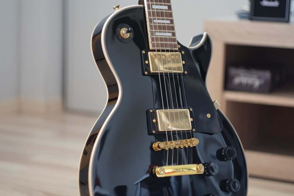 Les Paul style with humbuckers